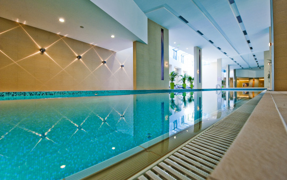 Abacus Business & Wellness Hotel, Herceghalom